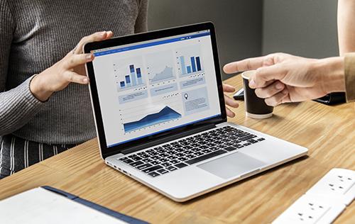 Pera Immobilien Makler professionelle Marktanalyse